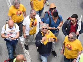 Marcia per il reddito della cittadinanza, pentastellati arrivati ad Assisi