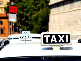 Assisi, viabilità e traffico in città, insorgono i tassisti