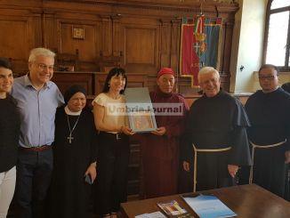 Assisi, l'amministrazione accoglie una delegazione buddista di Taiwan [FOTO]