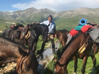 I sentieri dell'Umbria a cavallo educational tour tra Assisi e Castelluccio