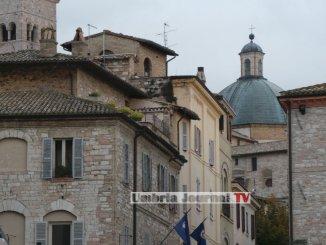 Assisi, affitti turistici, spinta sui controlli incrociati