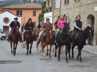 Ippovia su Via di Francesco turismo sostenibile salta in sella