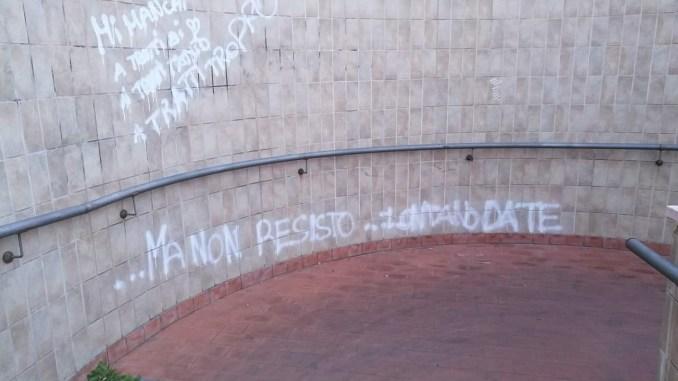 Sottopassaggio a Santa Maria degli Angeli, graffitari in azione