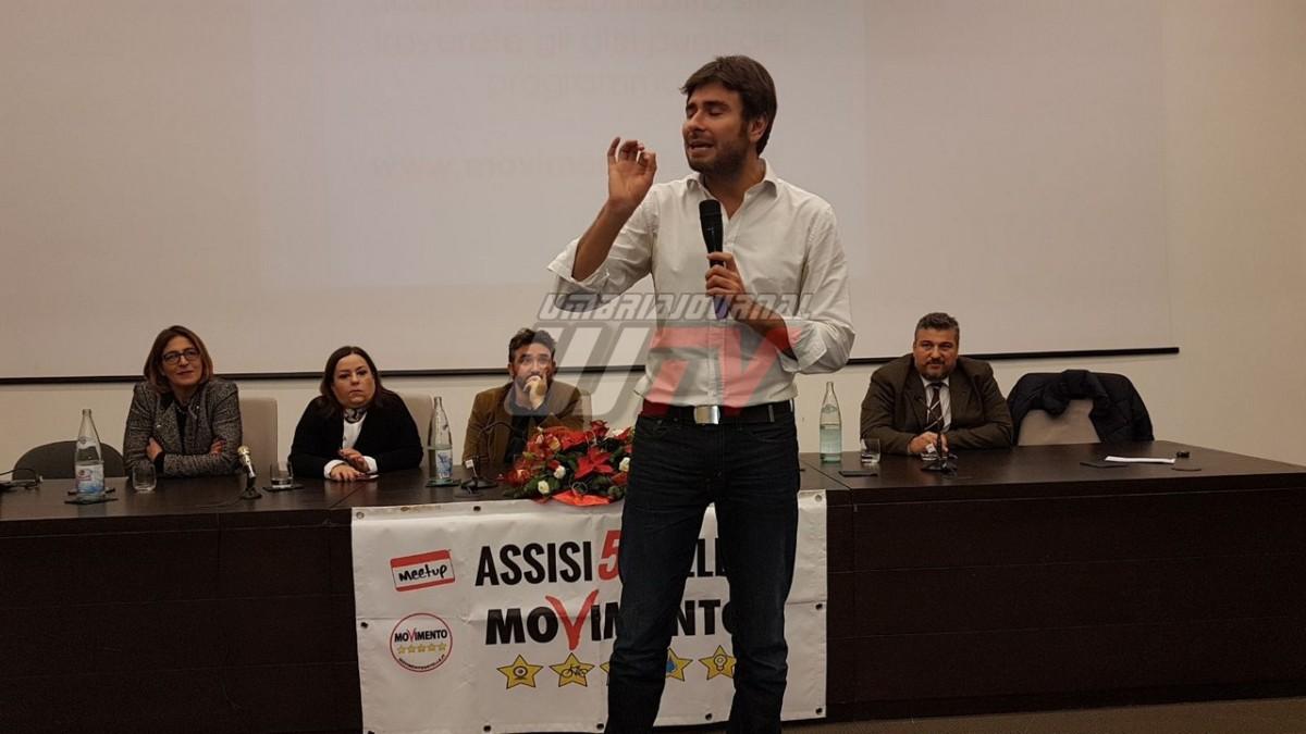 Alessandro Di Battista parlamentare del Movimento 5 Stelle nazionale ad Assisi LA DIRETTA STREAMING