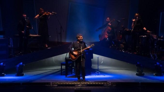 Brunori a Teatro al Lyrick Canzoni e monologhi sull'incertezza