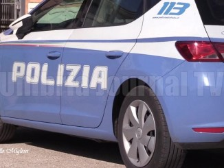 Scappa con una valigia, polizia cerca un uomo vicino San Damiano