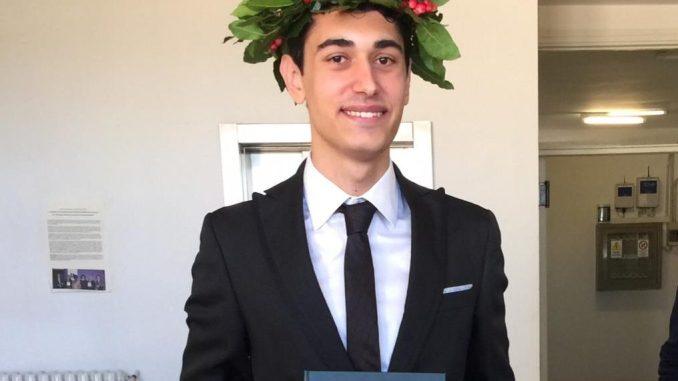 Il giovane assisano Alessandro Luigi Mencarelli si è laureato in matematica