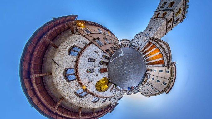 Un Virtual Tour Interattivo per Promuovere Assisi