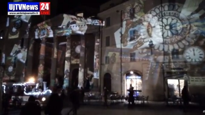 Suggestive atmosfere per il Natale ad Assisi, il video