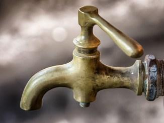 Assisi, danneggiamento tubo acquedotto, ripristino entro le 17