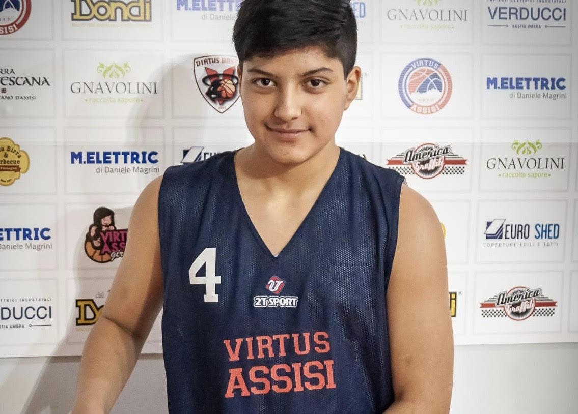 Un ragazzo dell'Ecuador alla Virtus Assisi, il giovanissimo Juan David Castillo