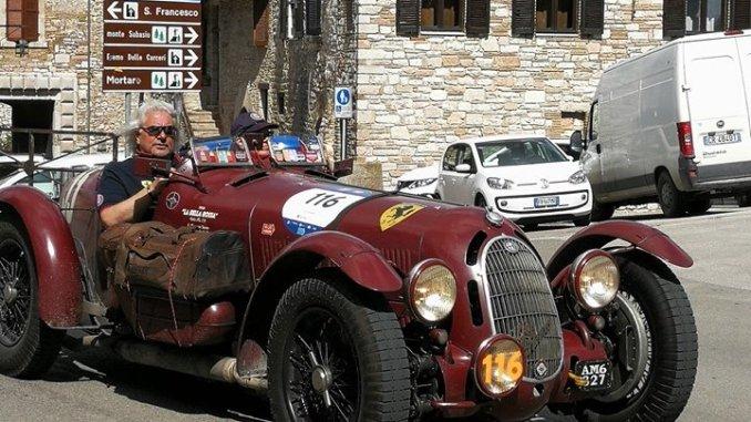 La Mille Miglia ha fatto tappa anche ad Assisi e Santa Maria degli Angeli