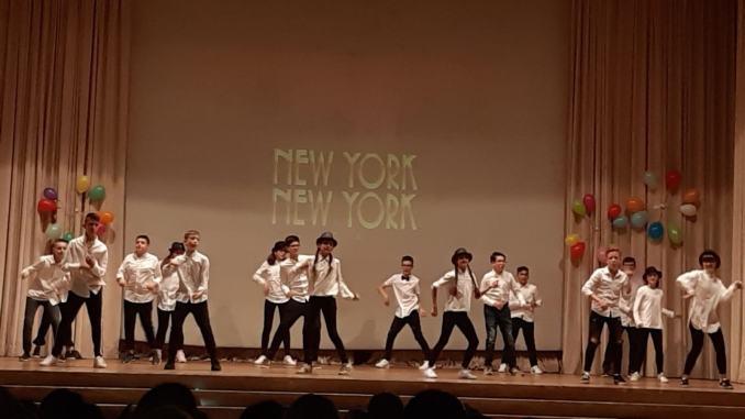 Istituto Comprensivo Assisi 1 gli studenti Dall'Operettaal Musical
