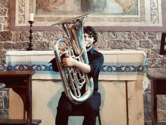 La tuba di Gianmario Strappati incanta nel Bosco di San Francesco