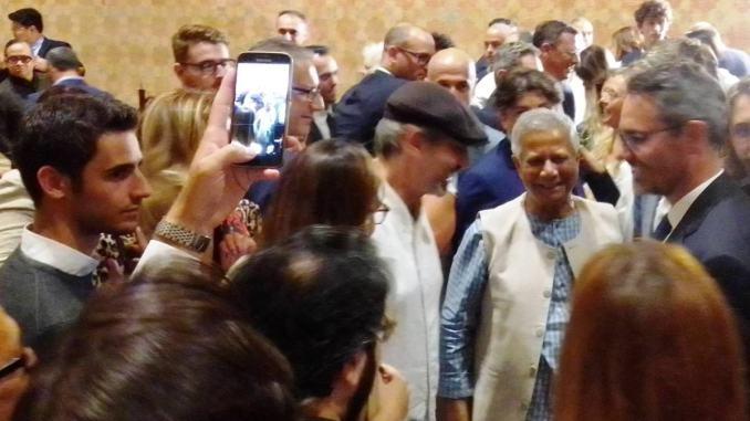 Percorsi Assisi, Muhammad Yunus ai cittadini: «Siete una parte del mondo»