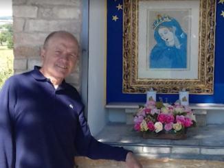 Atto vandalico, Massimo Cuppoloni restaura Maestà via Francescana