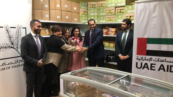 Ambasciatore Emirati Arabi Unitivisita emporio solidale e fa donazione