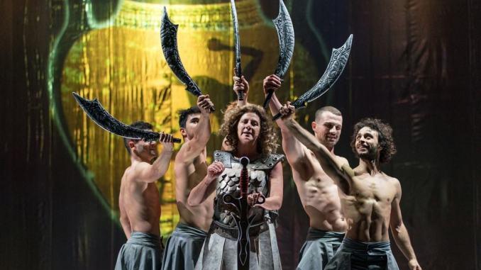 Ho perso il filo, al Teatro Lyrick di Assisi l'ironia e la comicità di Angela Finocchiaro