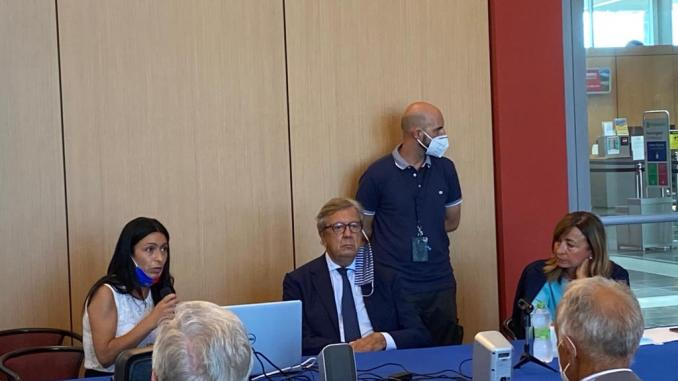 Aeroporto, sindaco di Assisi chiede di essere aggiornato sul progetto scuola di volo