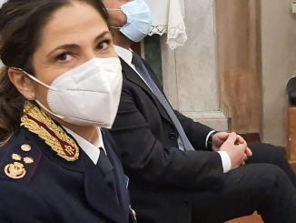 Ladri di abiti beccati in treno dalla Polizia di Assisi accorsa per una lite