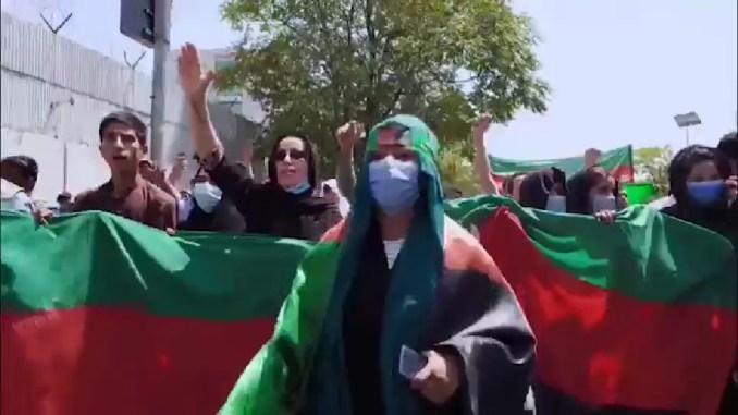"In marcia per le donne afghane, Iniziativa globale di ""Economy of Francesco"""