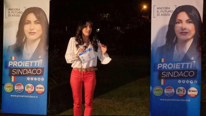 Elezioni 2021, il sindaco uscente, Stefania Proietti, presenta la sua squadra