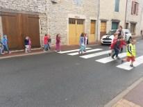 Déplacement sur le lieu de l'activité pour les plus grands : le Foyer Rural de Saint-Gengoux-de-Scissé
