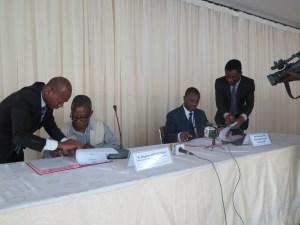 Signature de l'accord