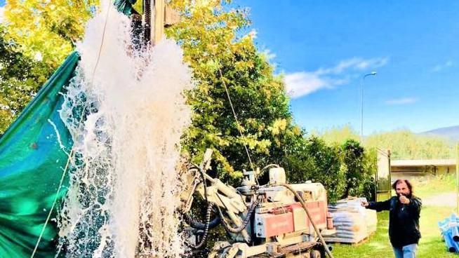L'acqua sgorga a forma di Cuore nel convento a Pontremoli…