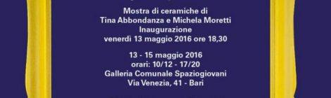 """Mostra di ceramiche di Tina Abbondanza e Michela Moretti -""""HO TANTI… FIORI PER LA TESTA"""" (BdT Vola in Tempo - Bari)"""