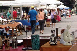 mercatino-antiquariato-piazza-cermenati