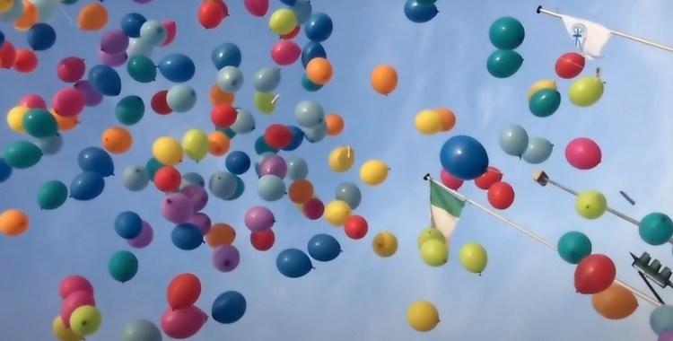 Le Banche del Tempo italiane - Un volo di idee e di sentimenti verso il cielo