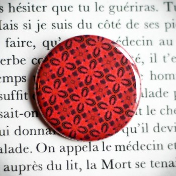 Badge Carmine 2