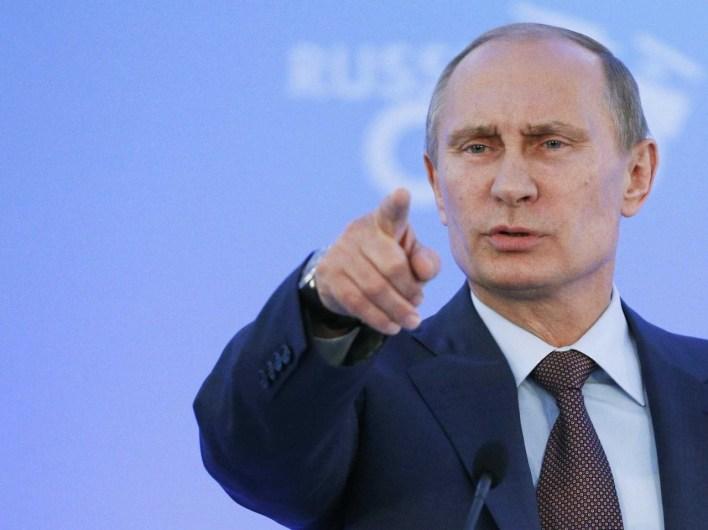 الرئيس فلاديمير بوتين: أنشأ صندوقاً جذب إليه الدول الخليجية
