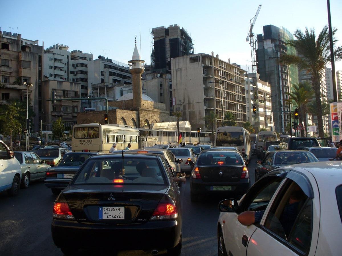 أزمة السير من أبرز مصادر التلوث في لبنان