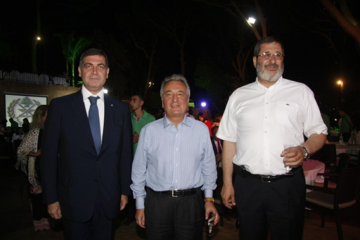 أنطونيو ريغيتي والسفير الإيطالي جيوسيبي مورابيتو والقنصل أحمد سقلاوي