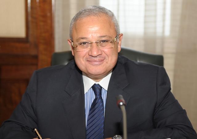مصر تطمح إلى 8 مليارات دولار إيرادات سياحية