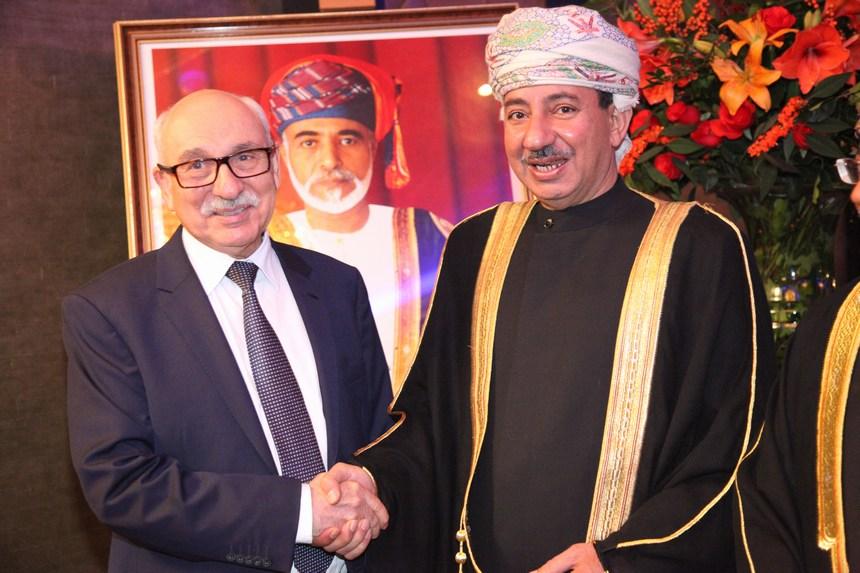 السفير عبد العزيز الهنائي يستقبل سفير ليبيا محمود الناكوع