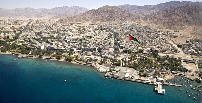 دعوات أردنية إلى تطوير التشريع لجذب إستثمارات إلى العقبة