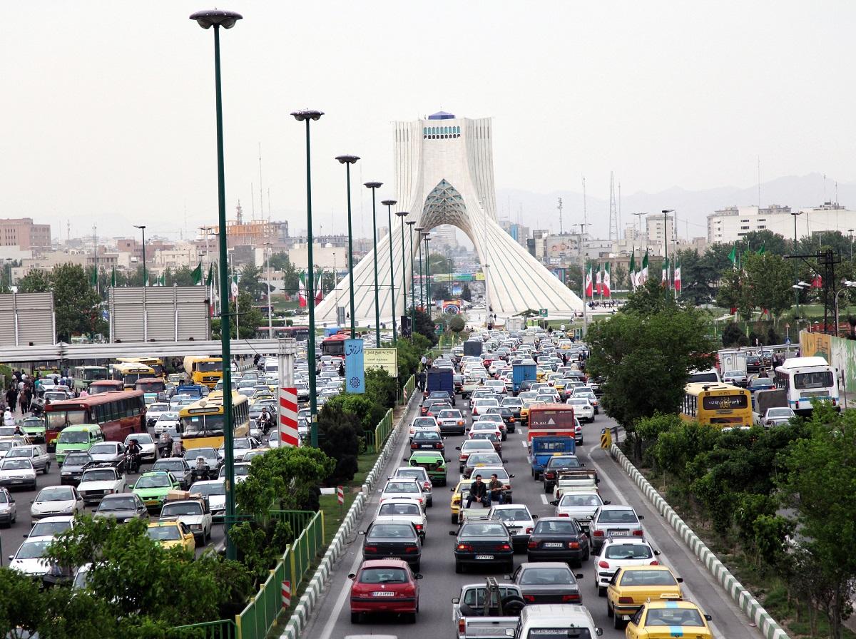 إيران تزيد إيراداتها ... والتوترات الإقليمية
