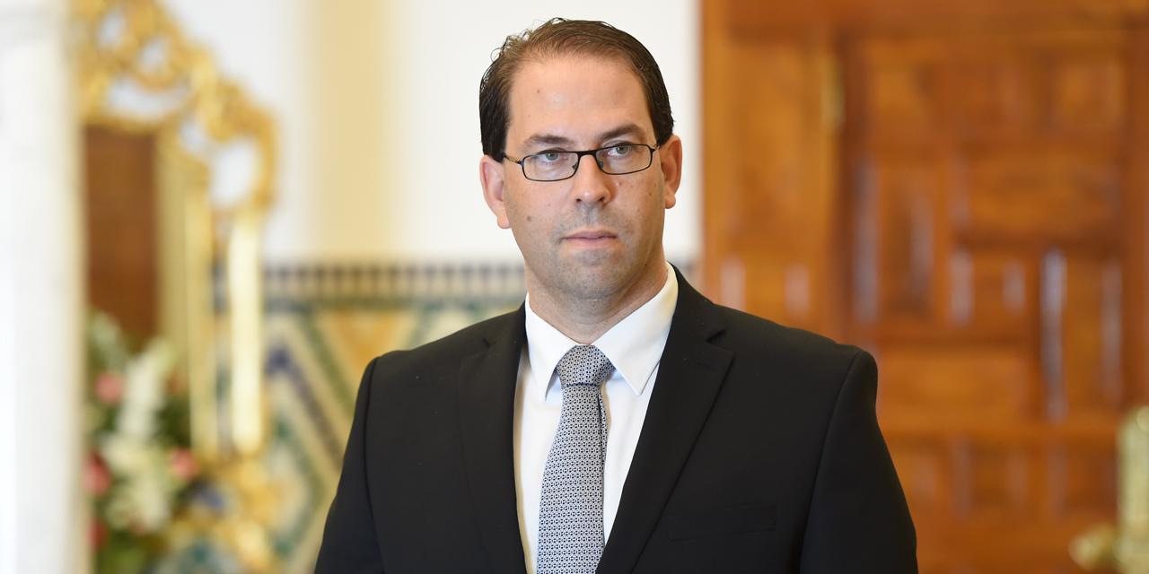 عندما يشرب رئيس الحكومة التونسية