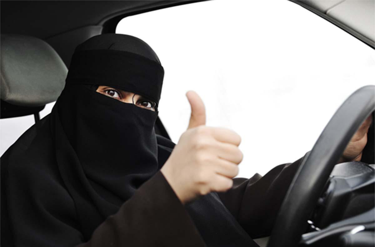 وسط عملية التطهير السعودية، المرأة في المملكة تواجه إختبار العمر
