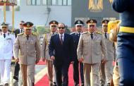 السيسي يُعزّز سيطرته على القوات المسلّحة المصرية ويَحرم كبار الضباط من الترشّح ضده