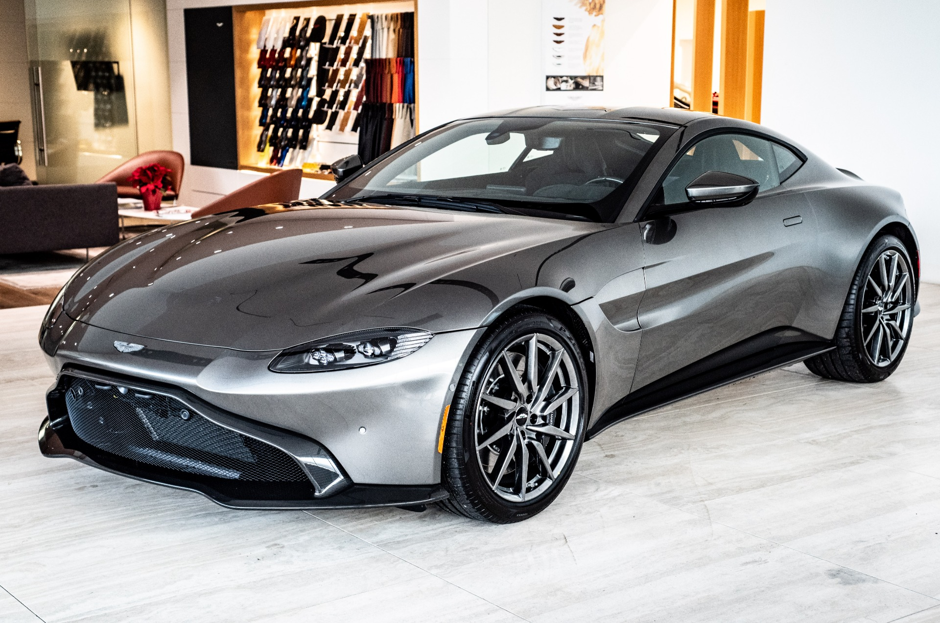 2019 Aston Martin Vantage Stock  9NN01580 for sale near Vienna VA  VA Aston Martin Dealer