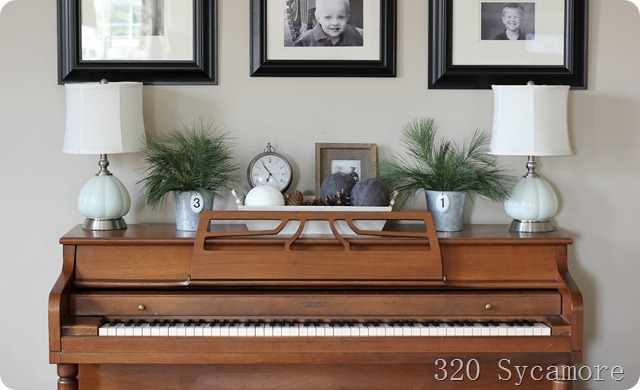 How to decorate around a piano a storied style for Piano room decor