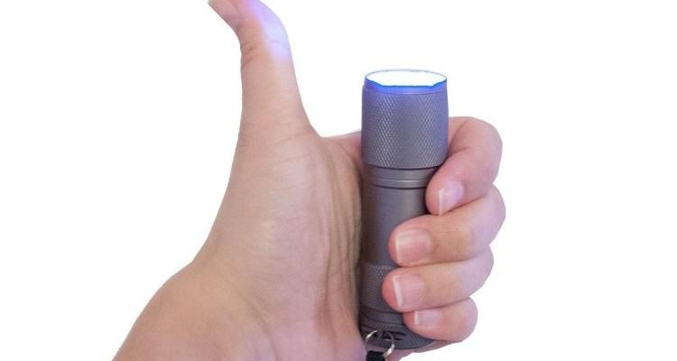 best pocket flashlight featured image