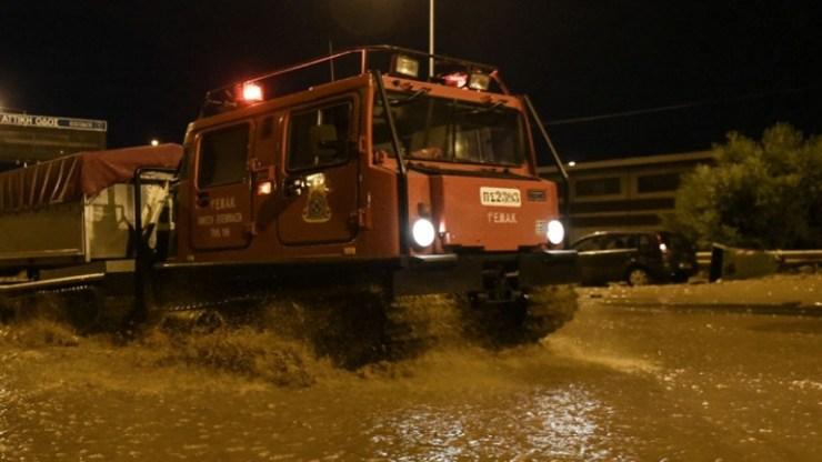 Μετά τον καύσωνα και τις φωτιές έρχονται πλημμύρες