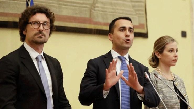Ιταλία: Έτοιμος να διαπραγματευτεί με τα άλλα κόμματα δηλώνει ο Λουίτζι Ντι Μάιο