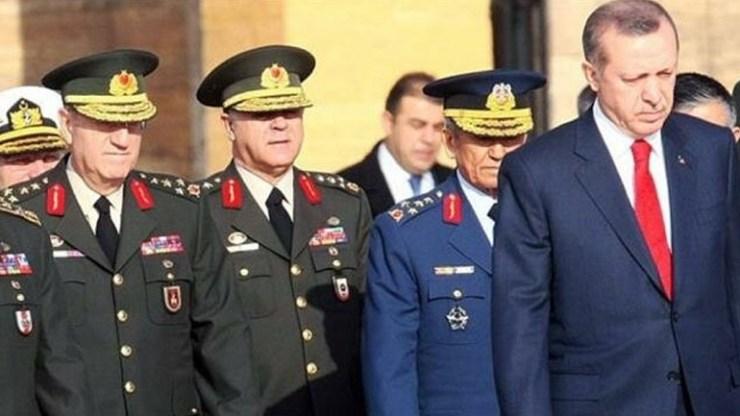 Τουρκία: Πέντε ανώτεροι αξιωματικοί του στρατού υπέβαλαν τις παραιτήσεις τους