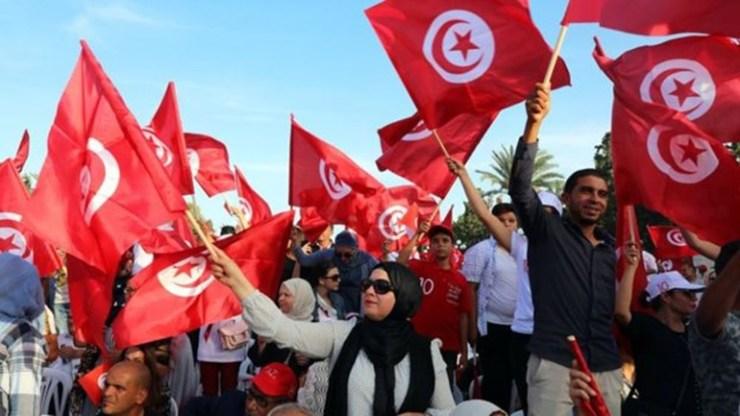 Ο συνταγματολόγος Καΐς Σάγεντ εξελέγη πρόεδρος της Τυνησίας